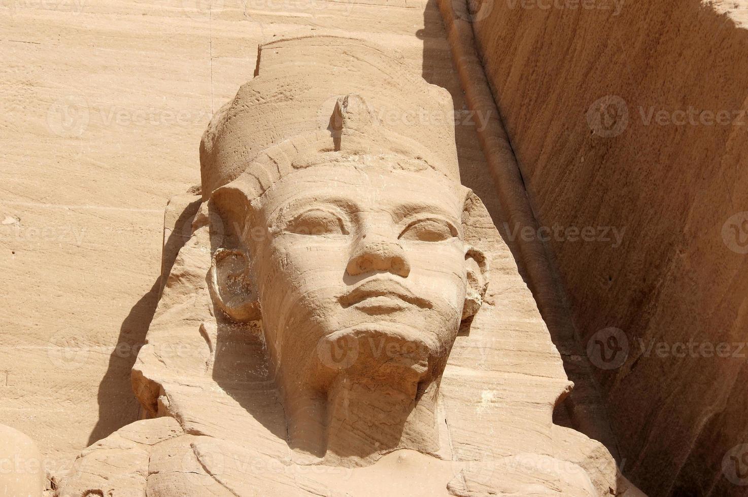 detalj tempel av rameses ii. abu simbel, Egypten. foto