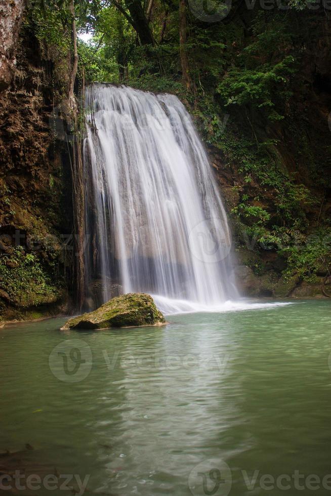 Erawan vattenfall foto