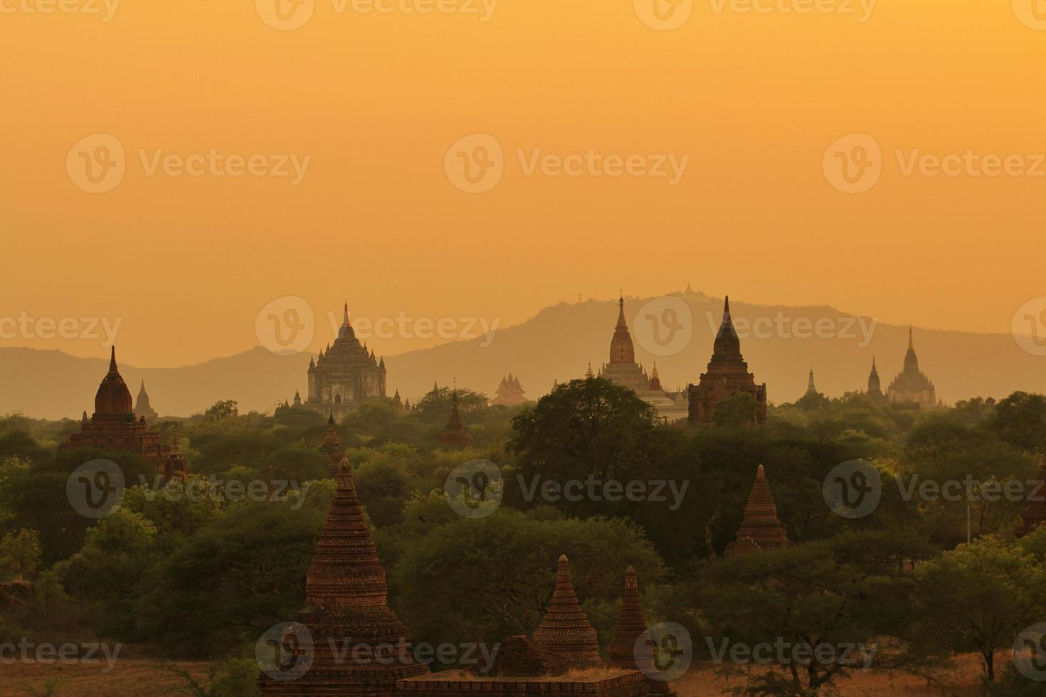 tempel av bagan, myanmar foto