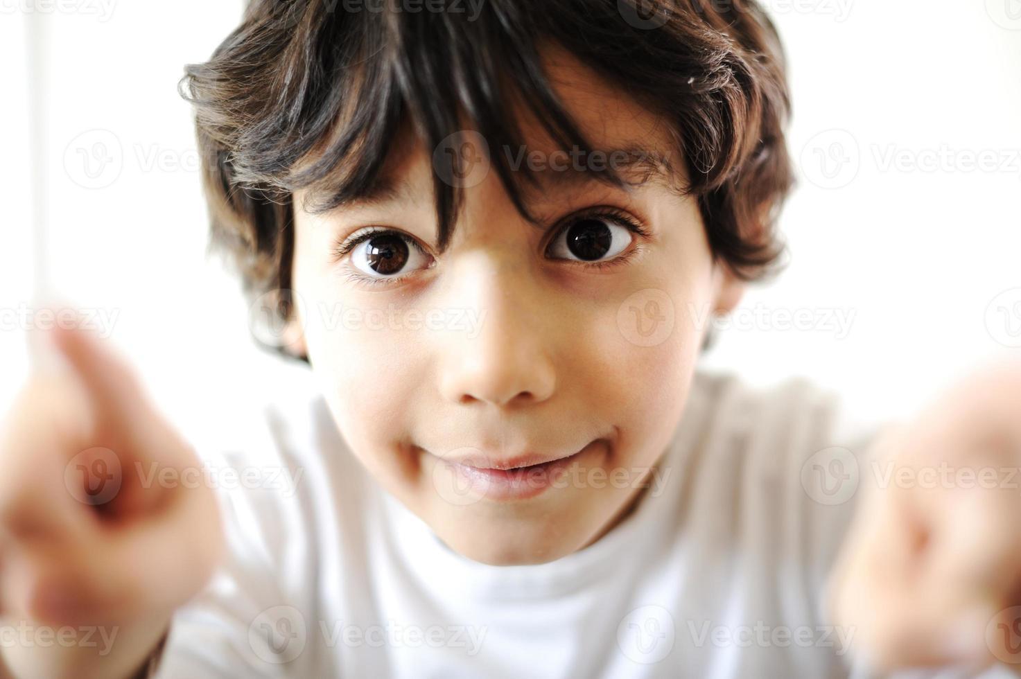 närbild porträtt av barn foto