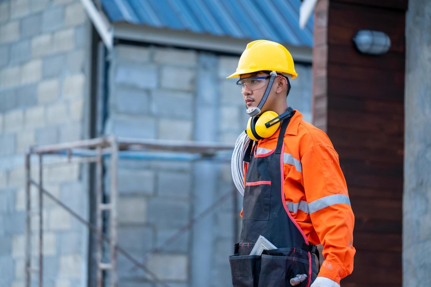 professionell på byggarbetsplatsen foto