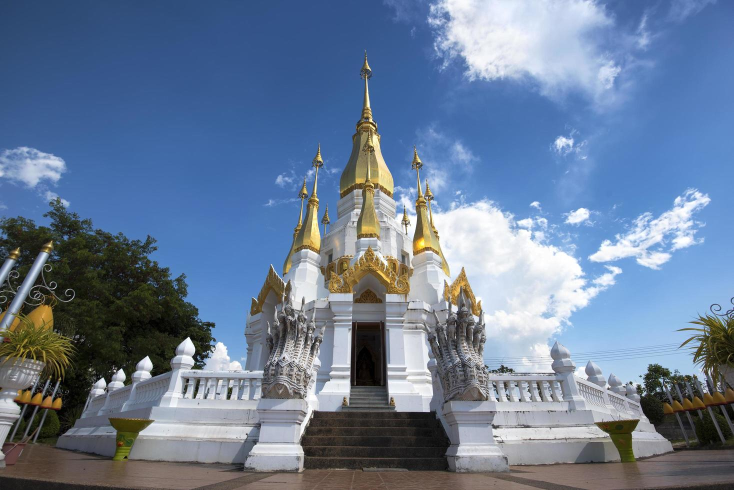 tham kuha sawan tempel i Thailand foto
