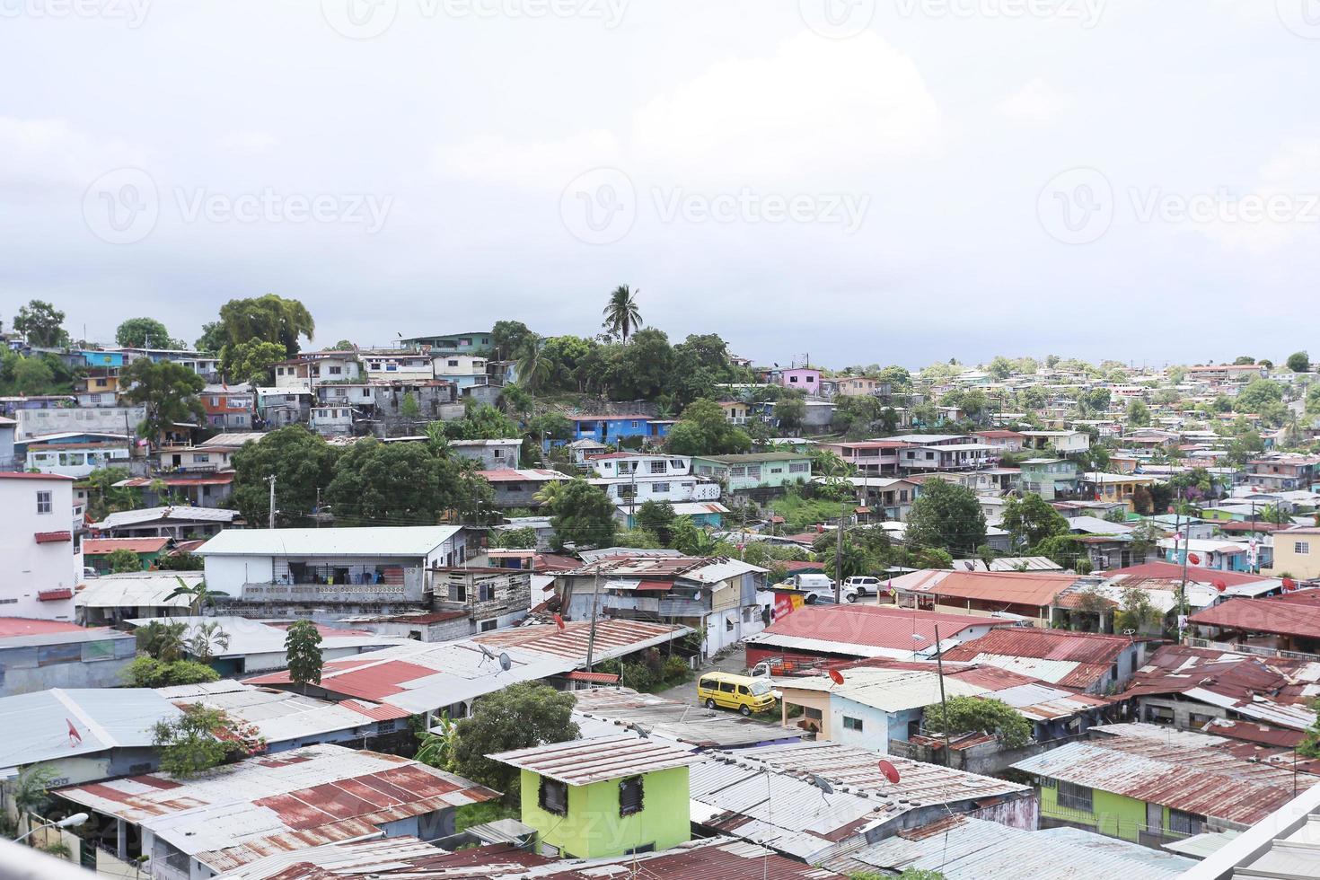 Flygfoto över shanty städer i Panama City foto