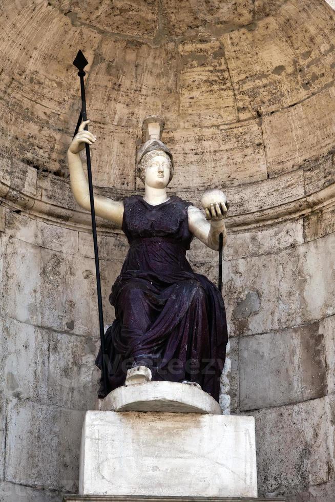 staty av gudinnan Rom foto