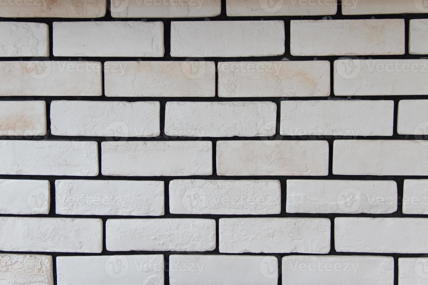 vit tegelvägg foto
