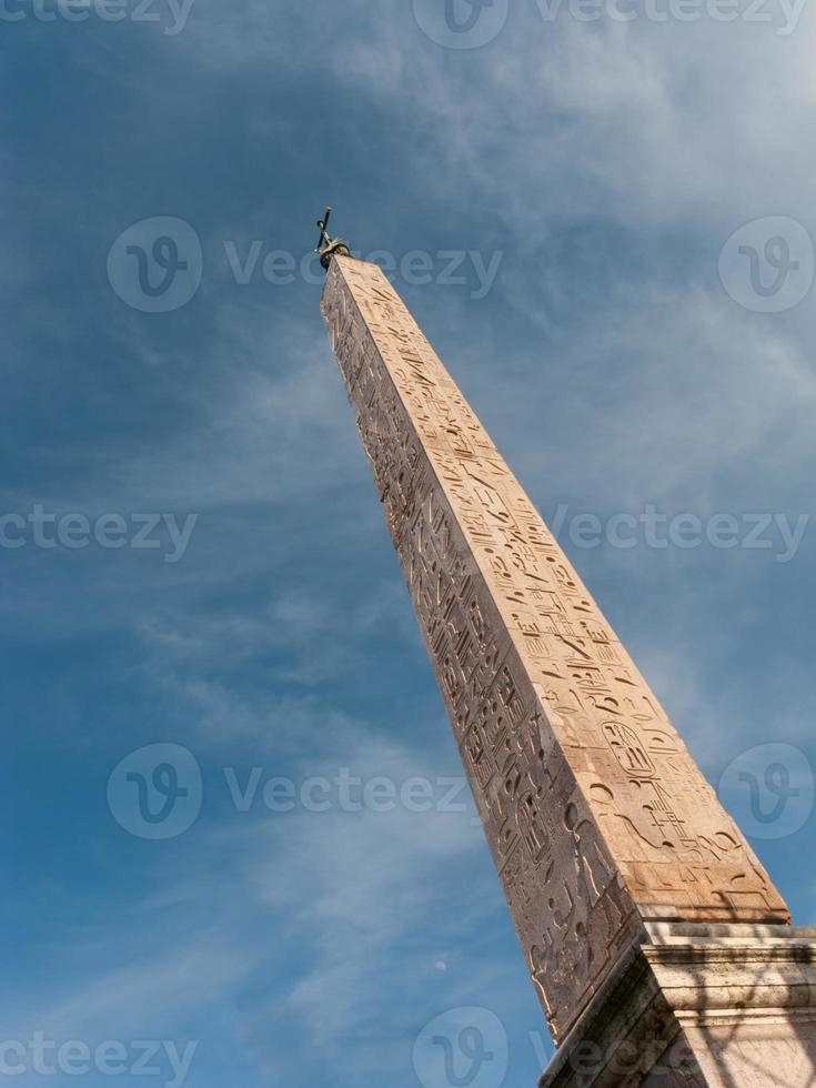 obelisk foto