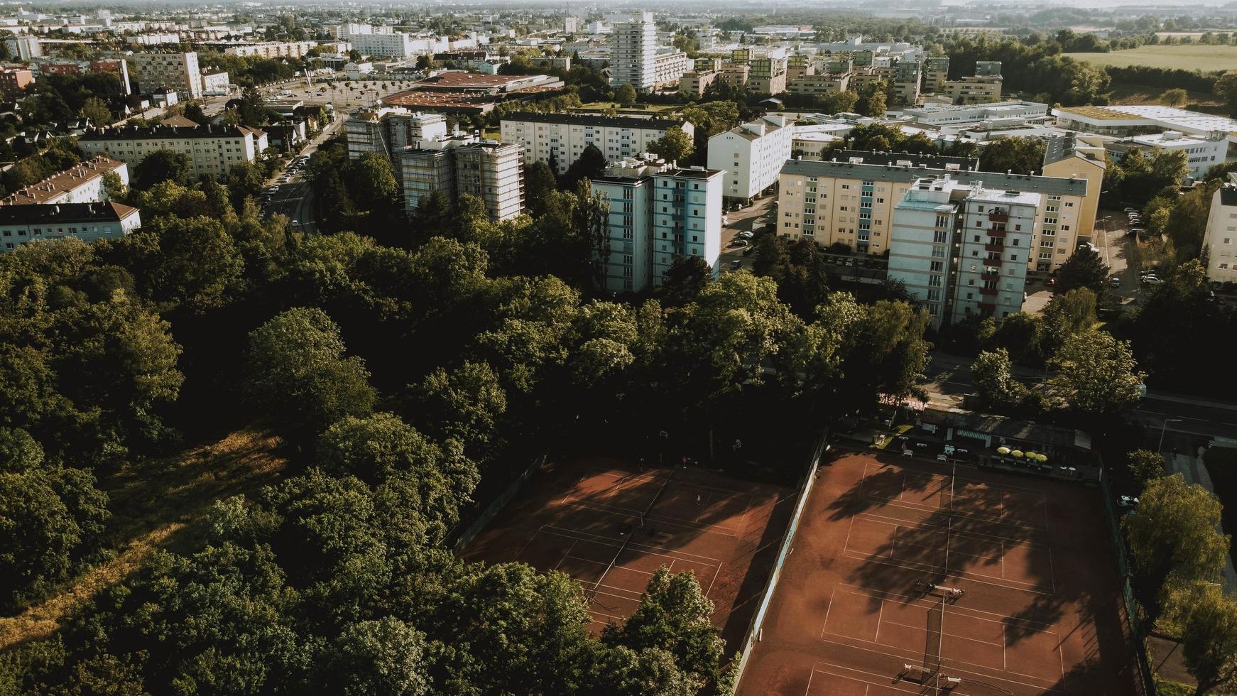 Flygfoto över staden foto