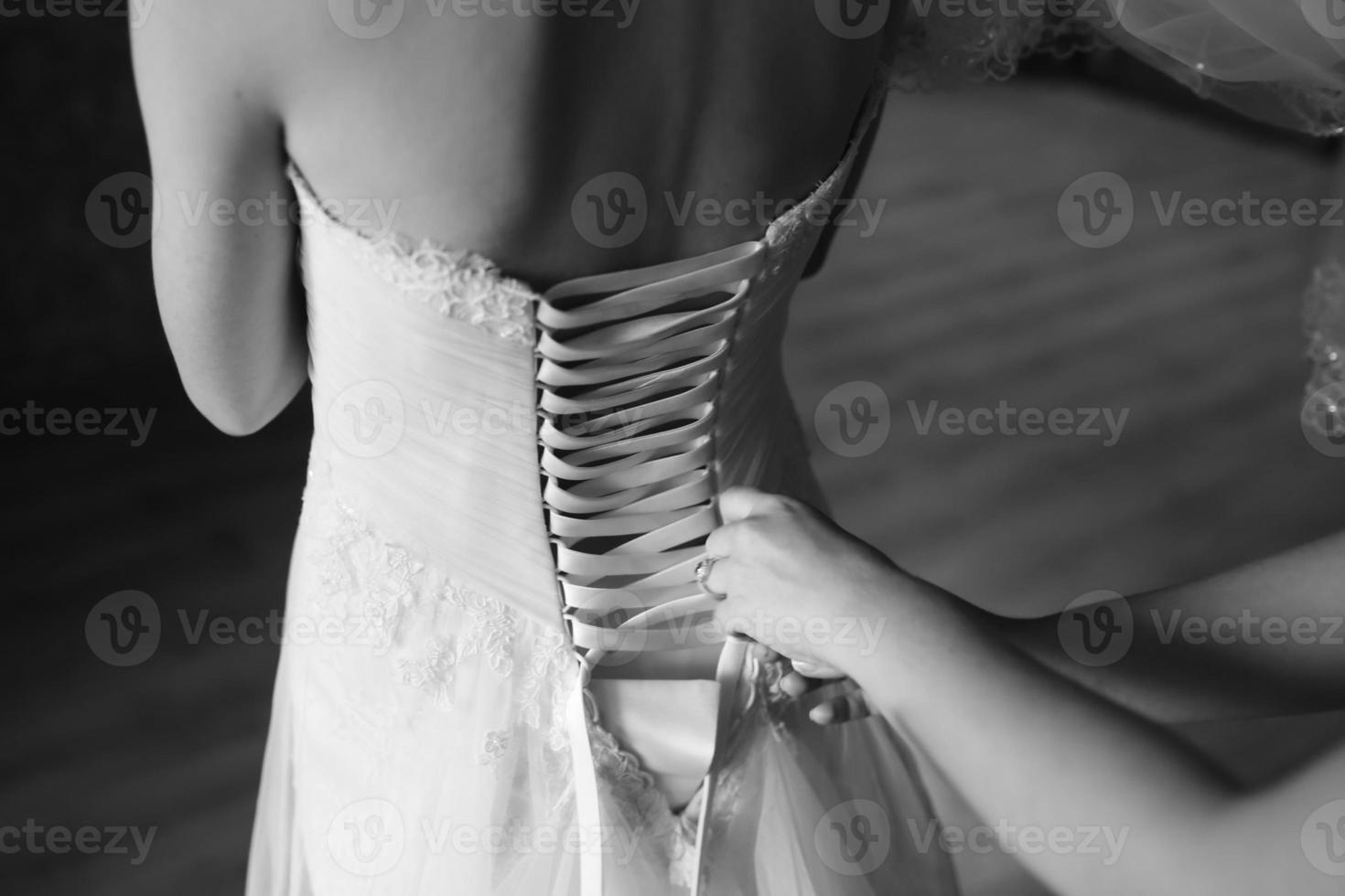 magisk brudmorgon. bruden gör sig redo foto