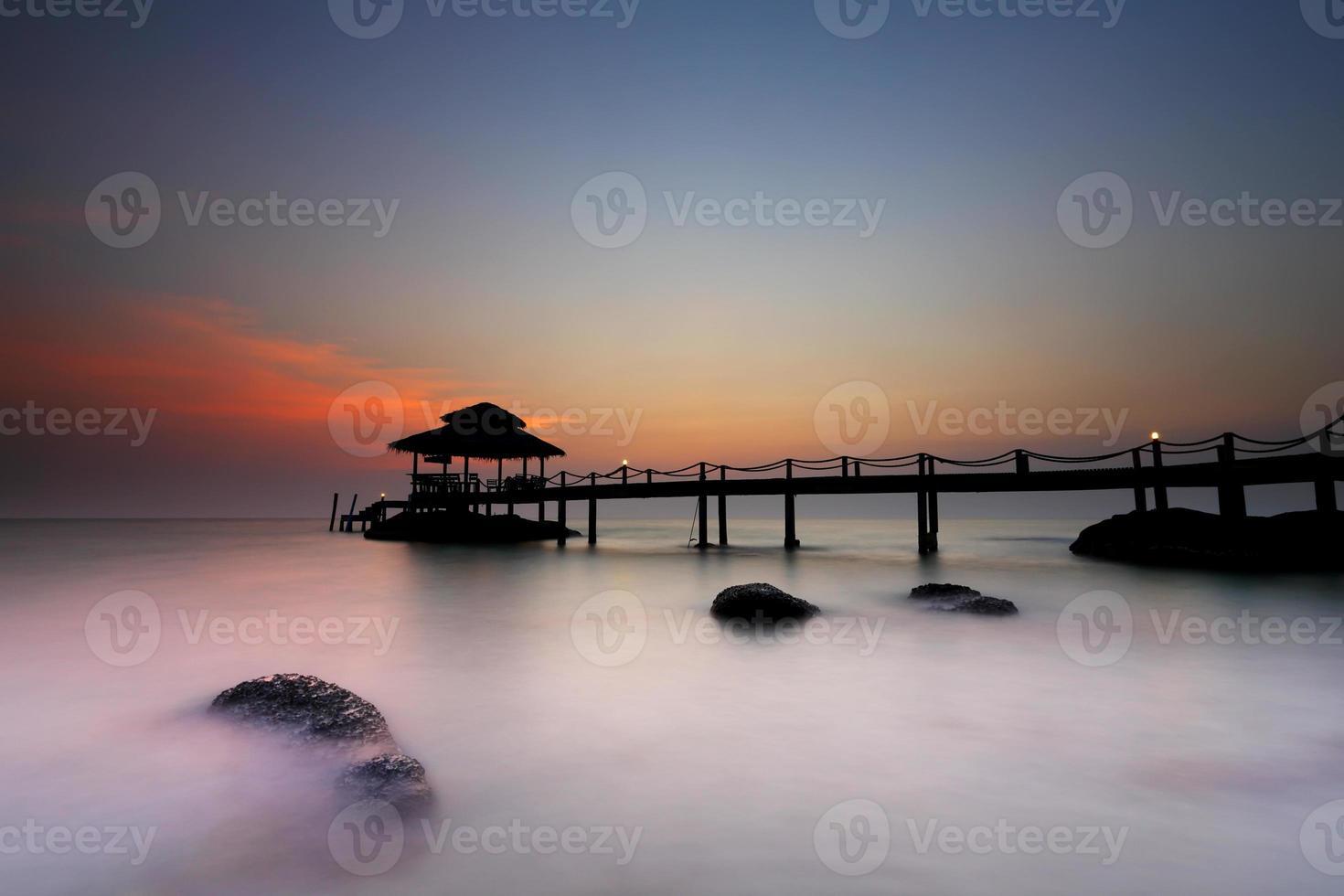 skymning över stranden i Koh Kood foto