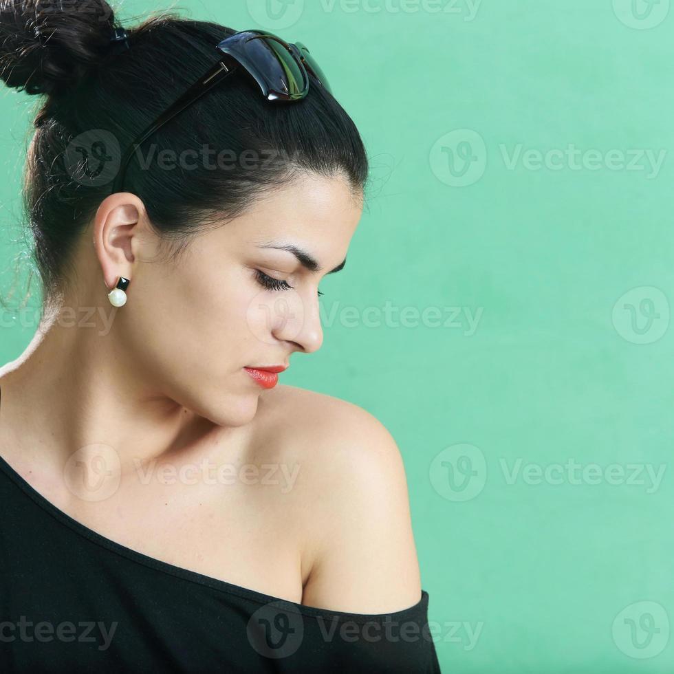 ung vacker brunett foto