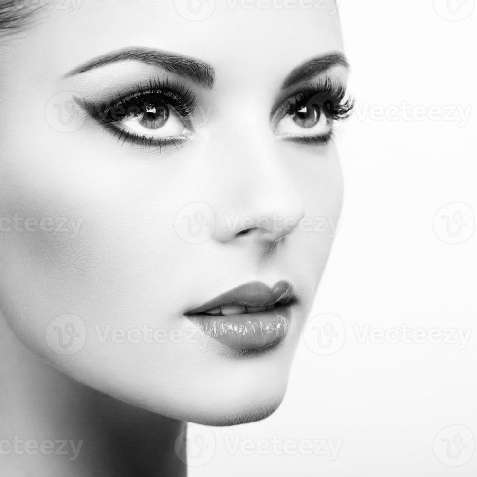 vacker kvinna ansikte foto