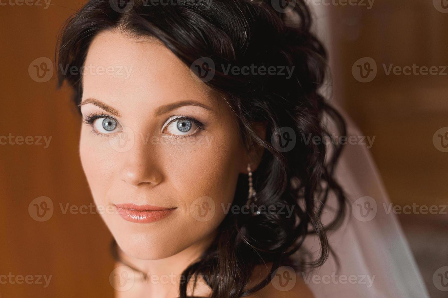 porträtt av vacker brud. foto