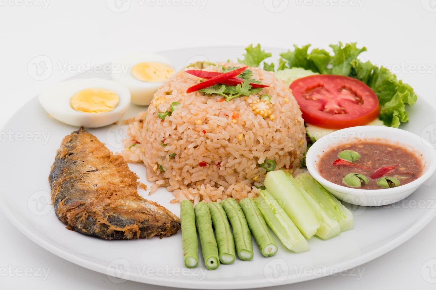 chilipasta med stekt makrill och thailändsk mat foto