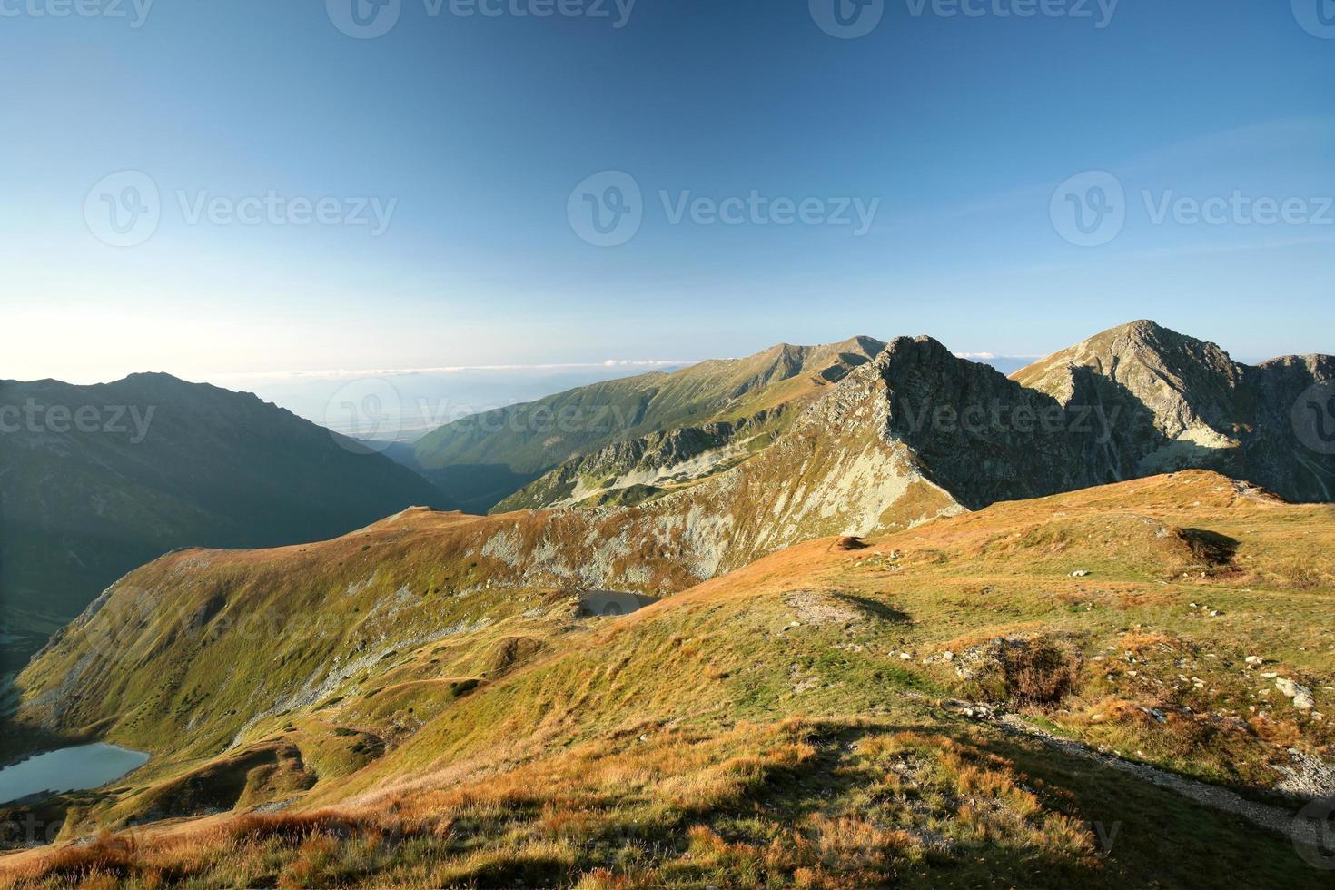 västra Tatrabergen vid gryningen foto