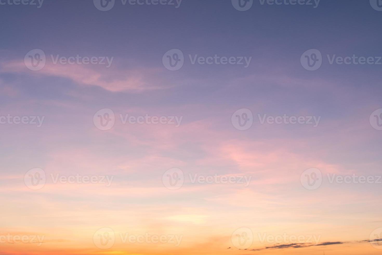 solnedgång blå himmel och moln bakgrunder foto