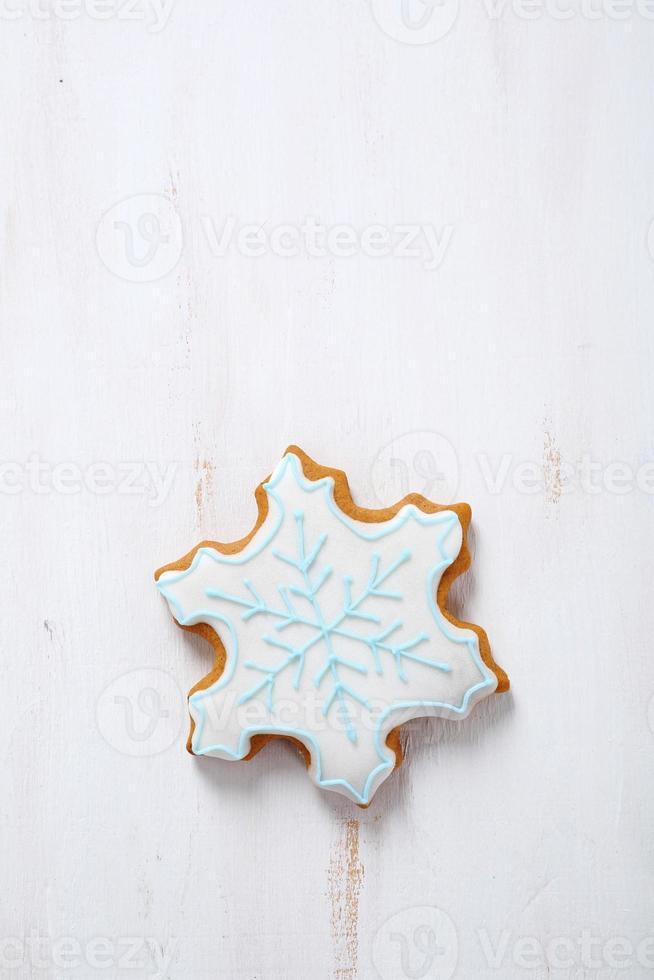 snöflinga på vit plywood foto
