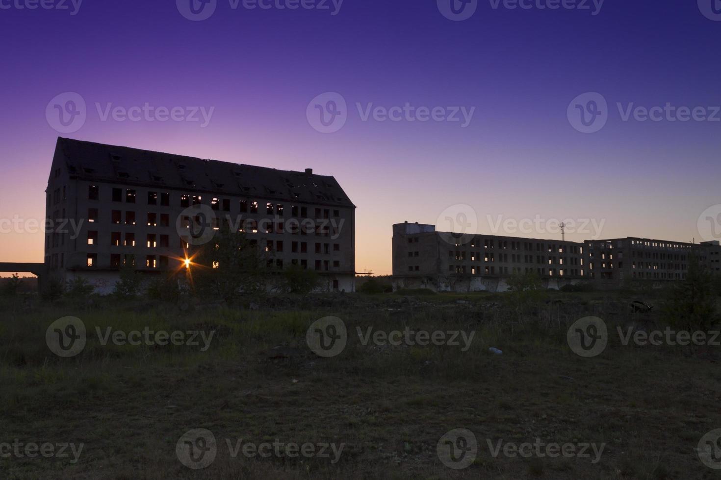 Polen, zachodniopomorskie, borne sulinowo, ruiner av en militär struktur foto