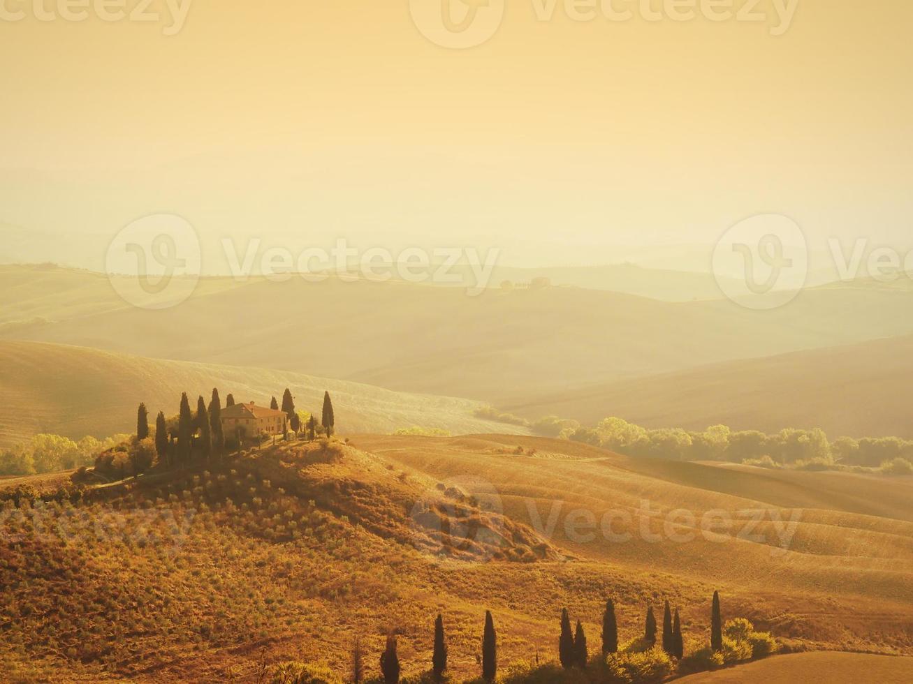 toskansk villa soluppgång foto