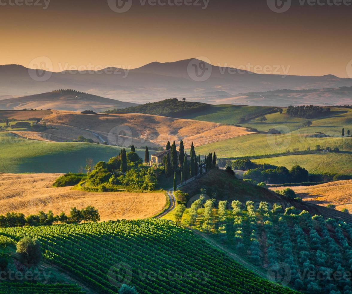 natursköna Toscana landskap vid soluppgången, Val d'orcia, Italien foto