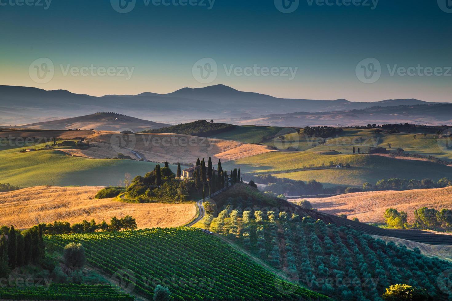 natursköna Toscana landskap vid soluppgång, Val d'orcia, Italien foto