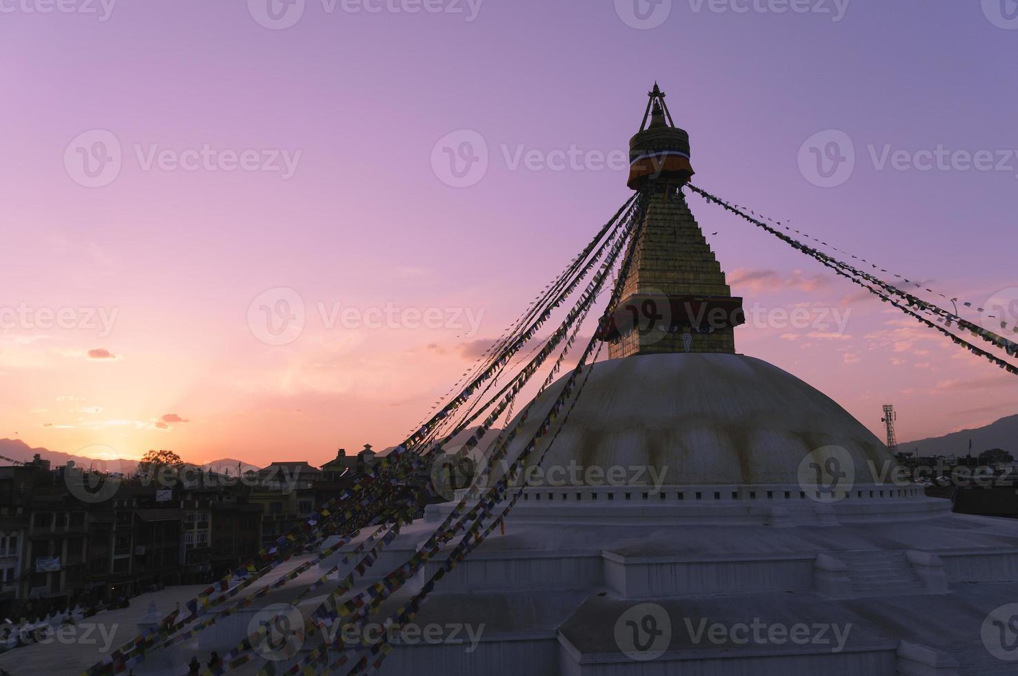 stor stupa av boudha foto