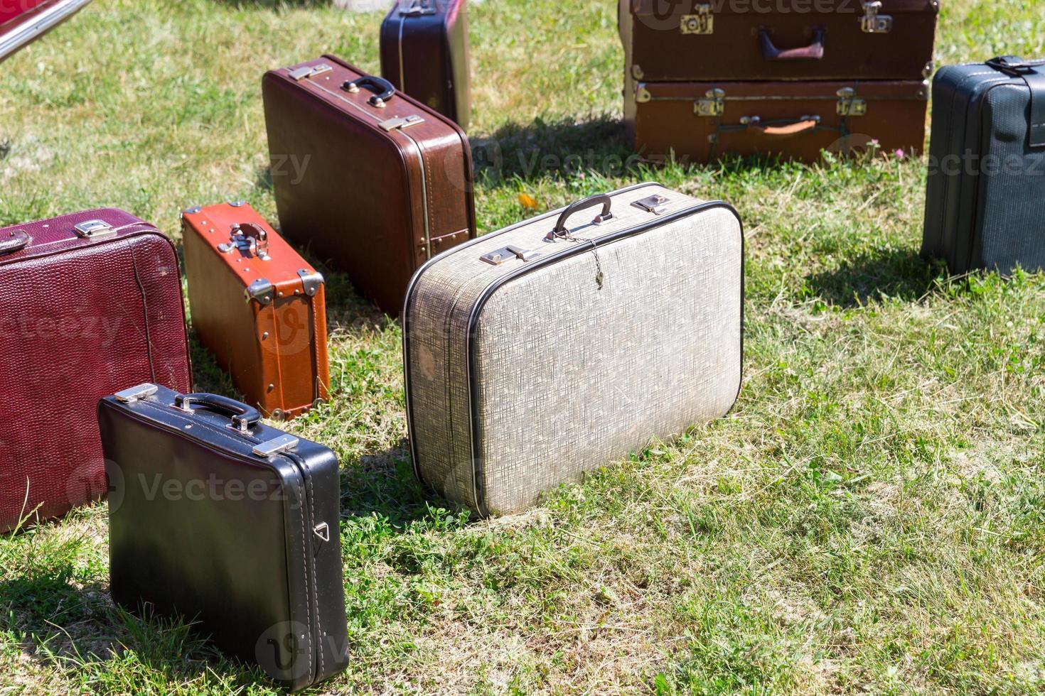 gamla resväskor foto