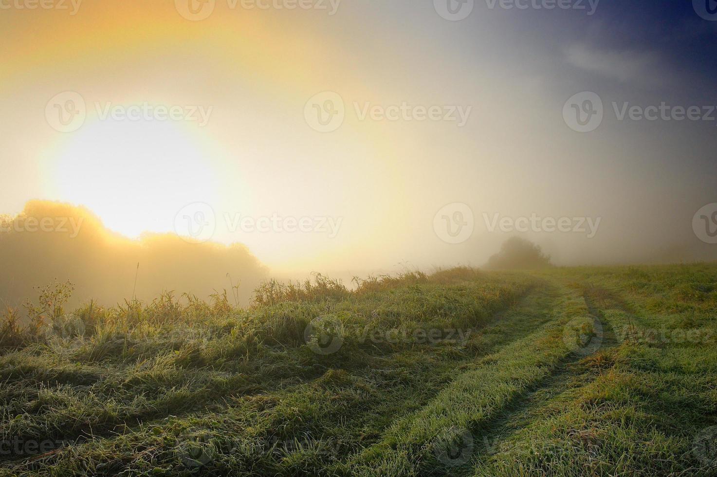 soluppgång på landsbygden foto