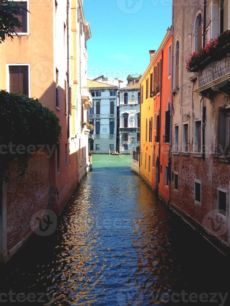 färgglada Venedig kanal foto