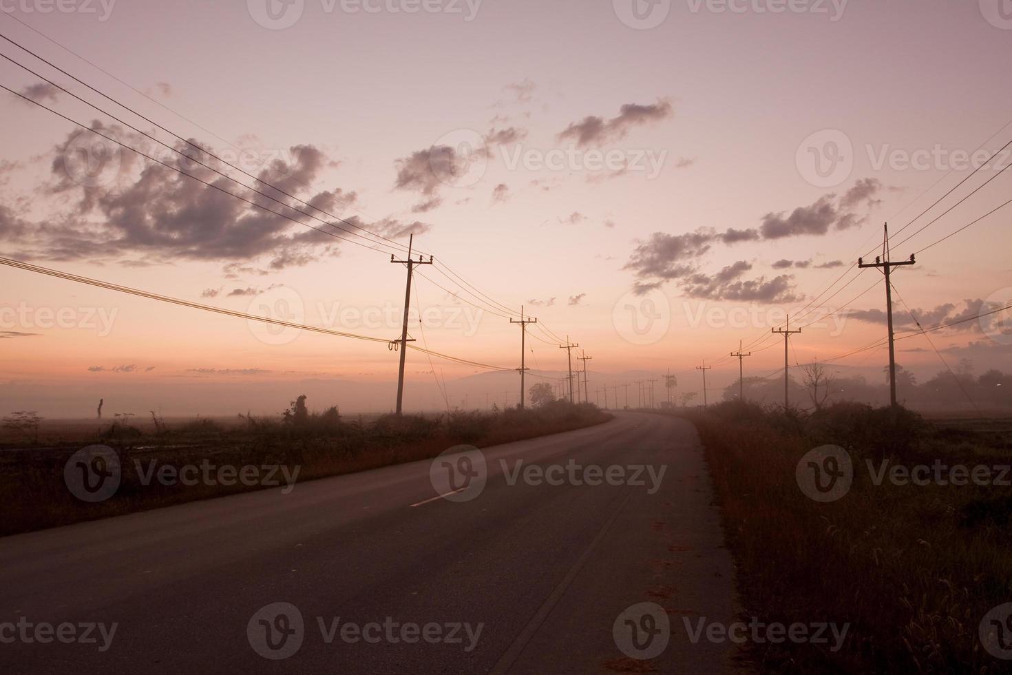 morgon, soluppgång foto