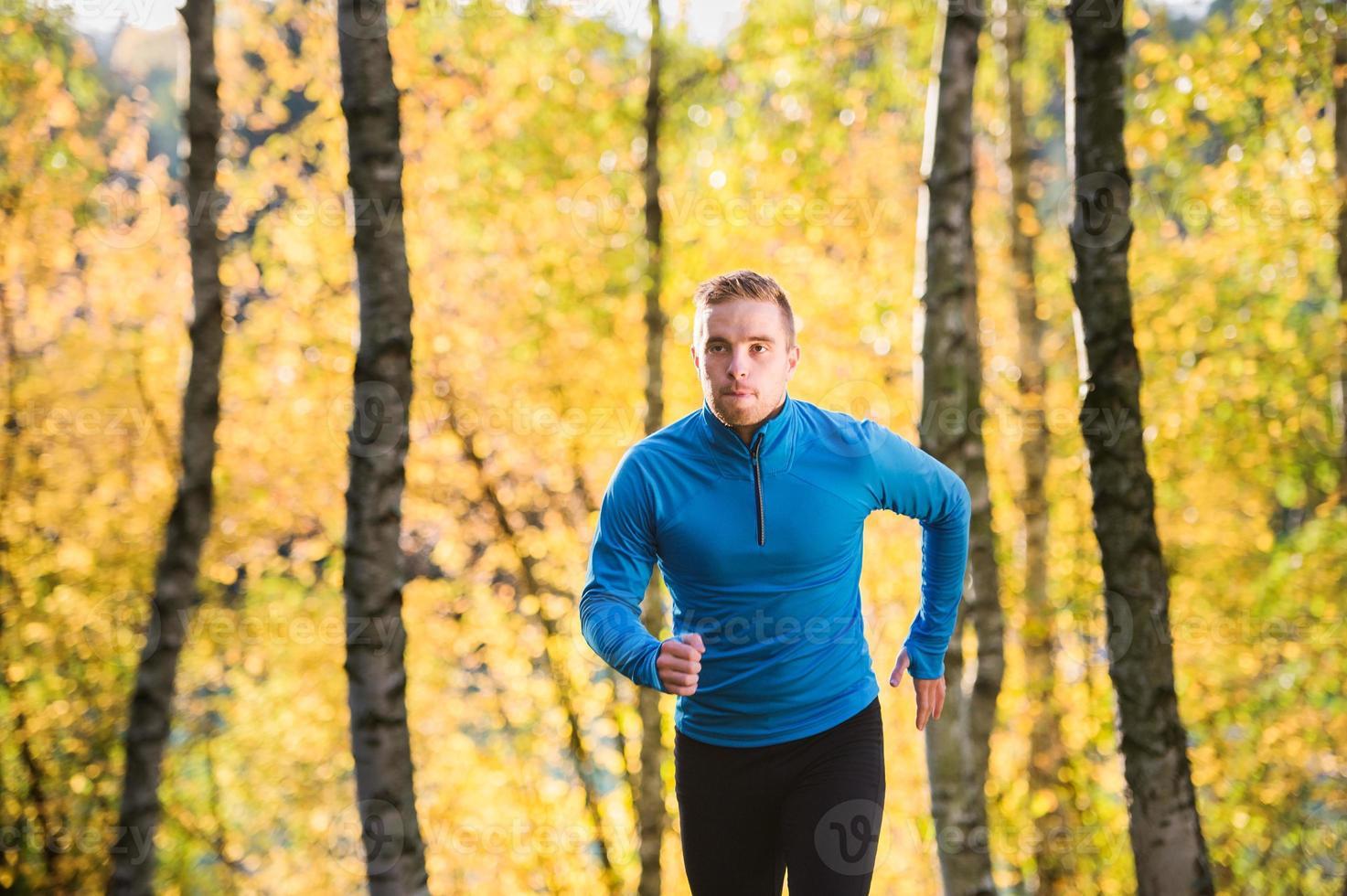 ung stilig löpare foto