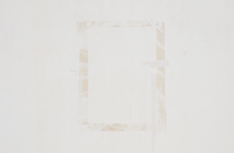 rektangeltejp på väggen foto