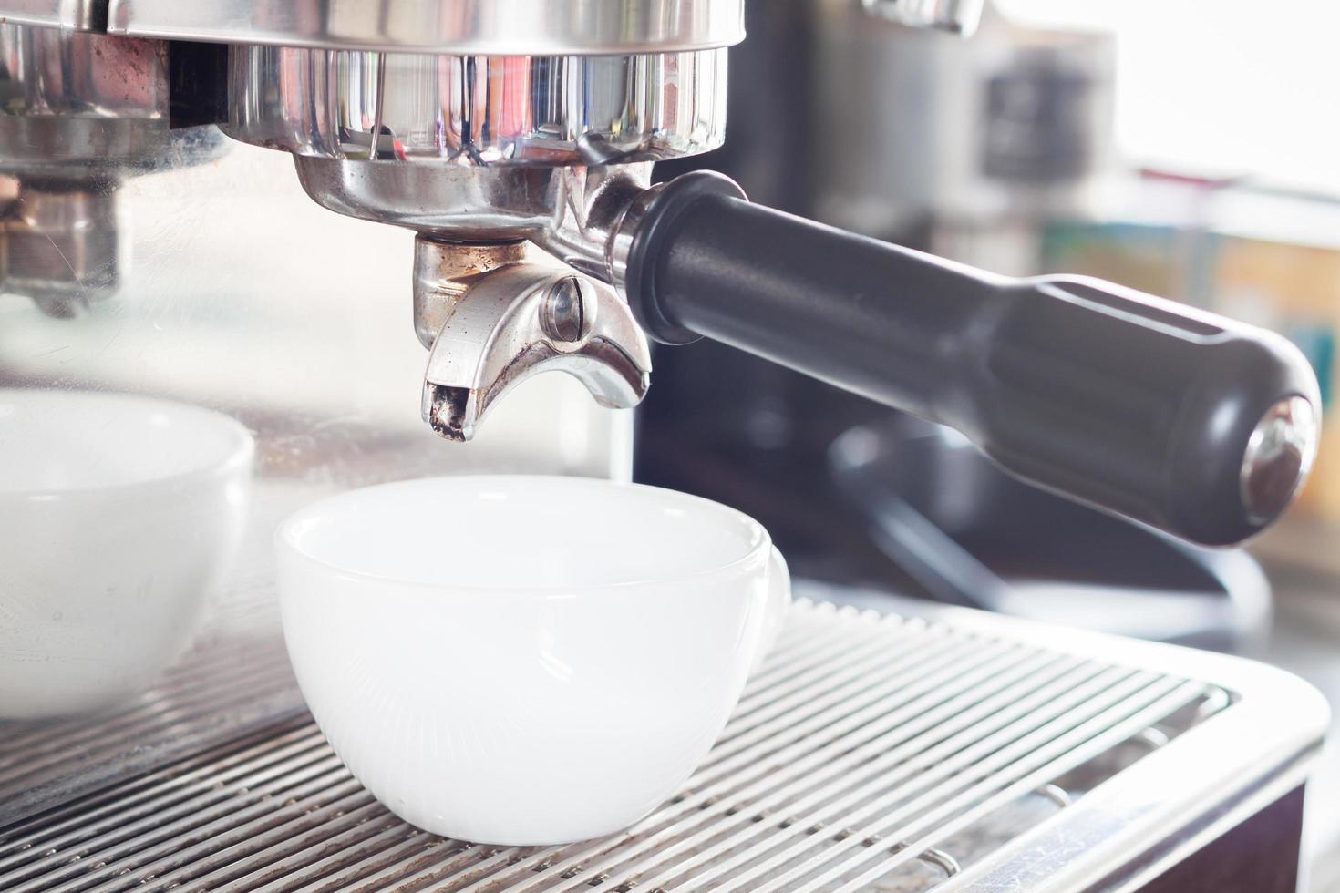 närbild av en espressokopp foto
