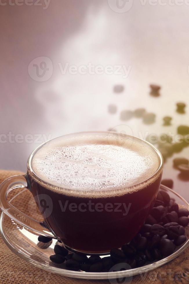 kopp kaffe med ånga foto