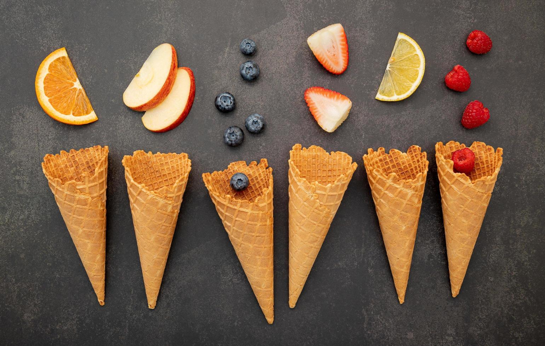 frukt med glasskottar foto