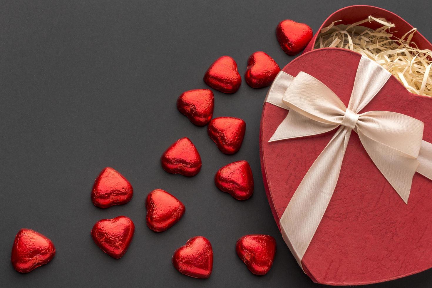 rött hjärta choklad foto