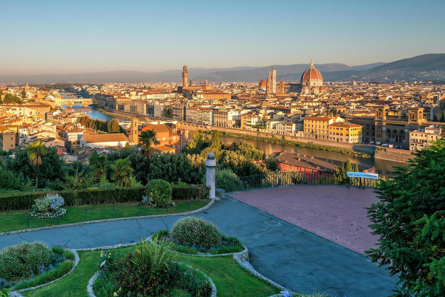 vy över Florens skyline från ovanifrån foto