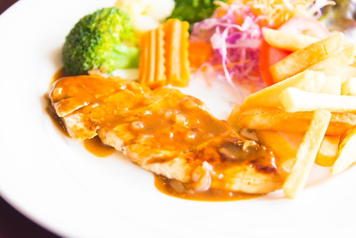 grillad kycklingbiff foto