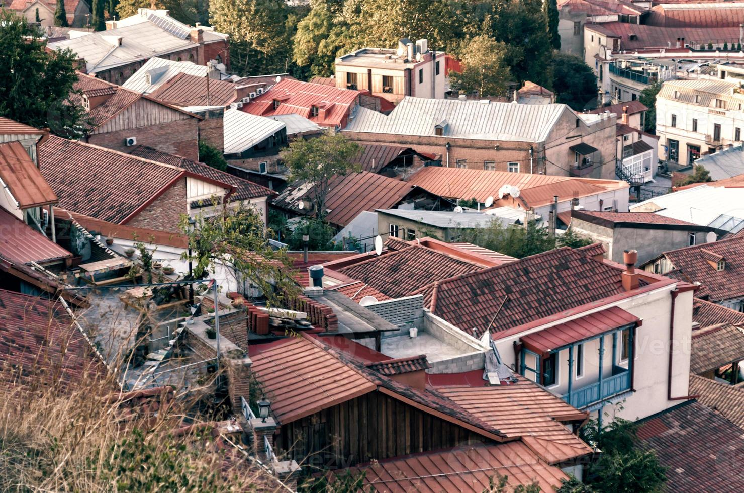 hustaken till hus i Tbilisi foto