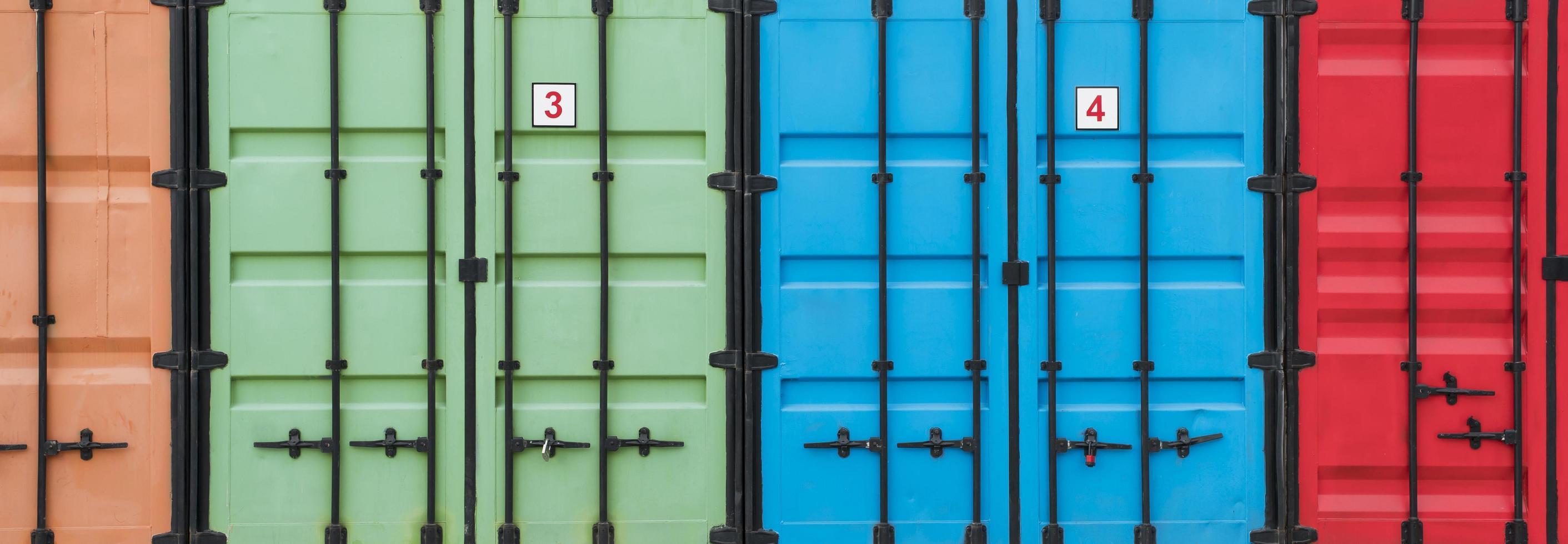 färgglada förvaringsbehållare foto