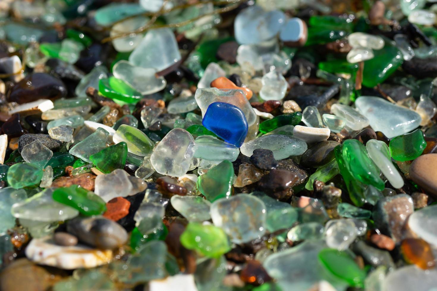 naturlig bakgrund av havsglas. foto