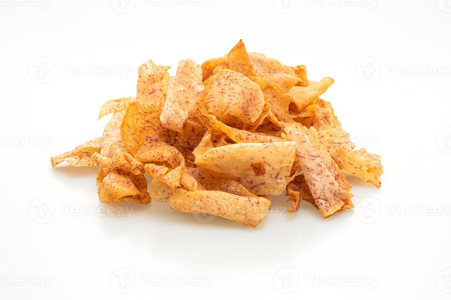taro chips isolerad på vit bakgrund foto