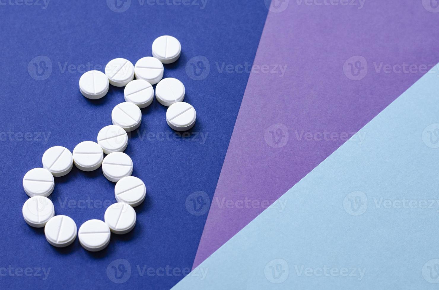 tecken på en man från piller. problem foto