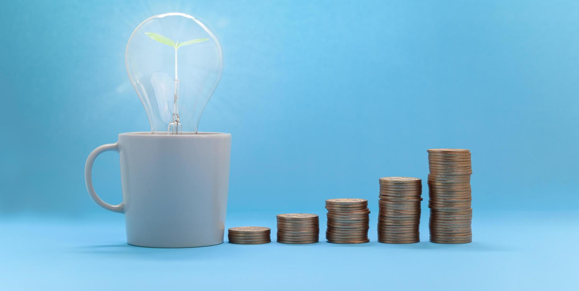 koncept investering lager finans tillväxt spara pengar foto