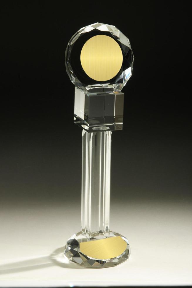 akryl-, kristall- eller glas genomskinlig blank glasstrofé foto