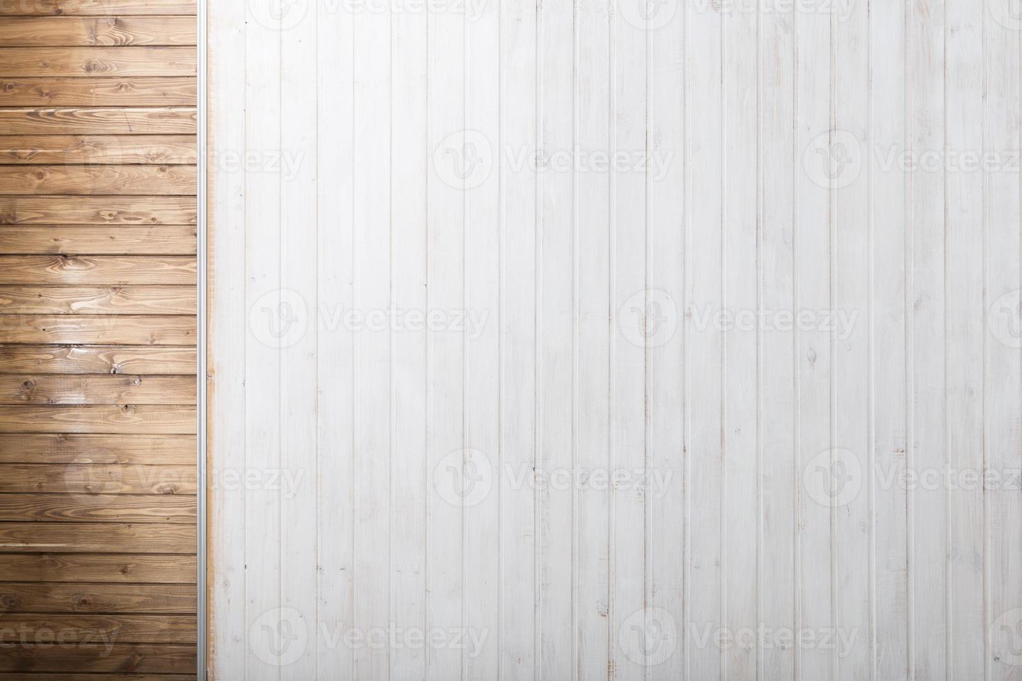 brun och vit träbakgrund foto