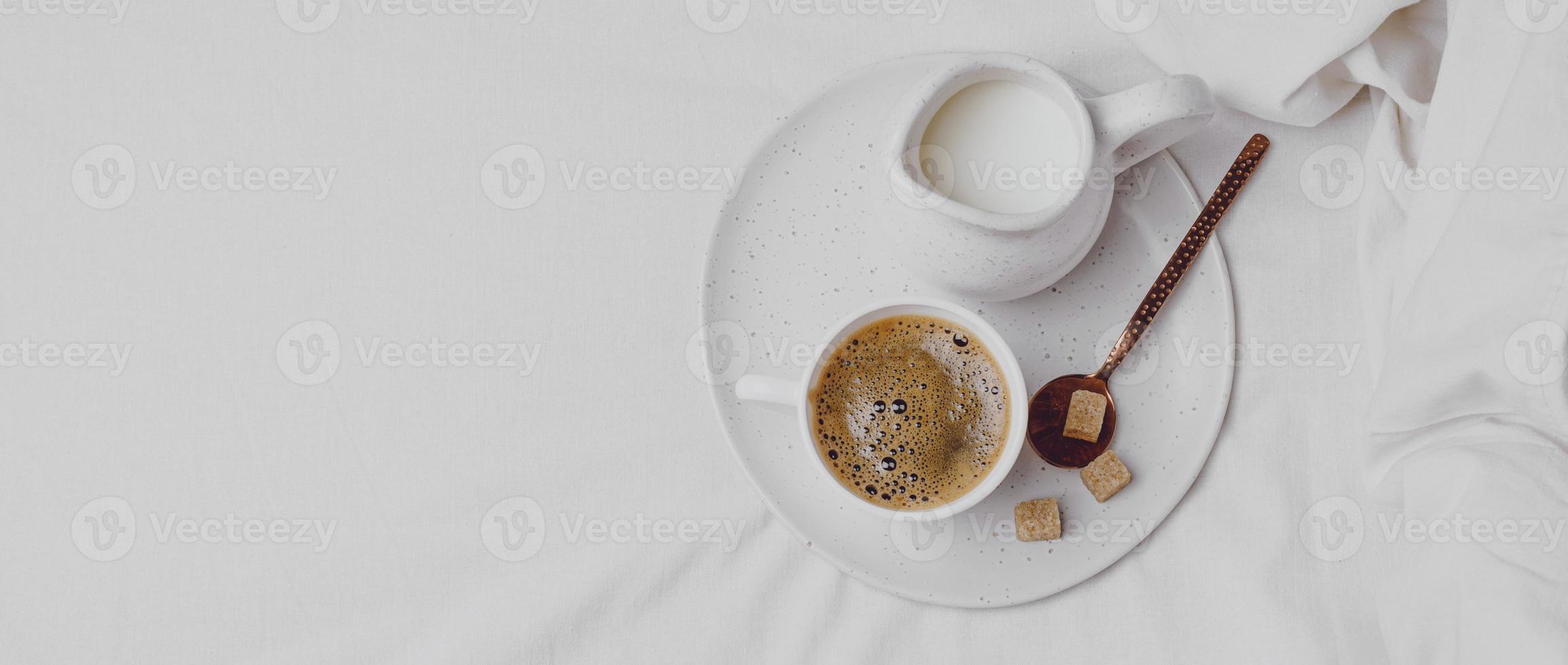 morgonkaffe med sockerbitar foto