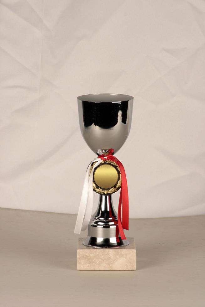 prismodell tillverkad av gruvor som brons, silver eller mässing foto