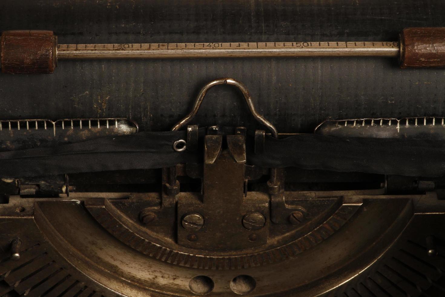 kalkon, 2021 - triumfmaskin tillverkad 1930 foto