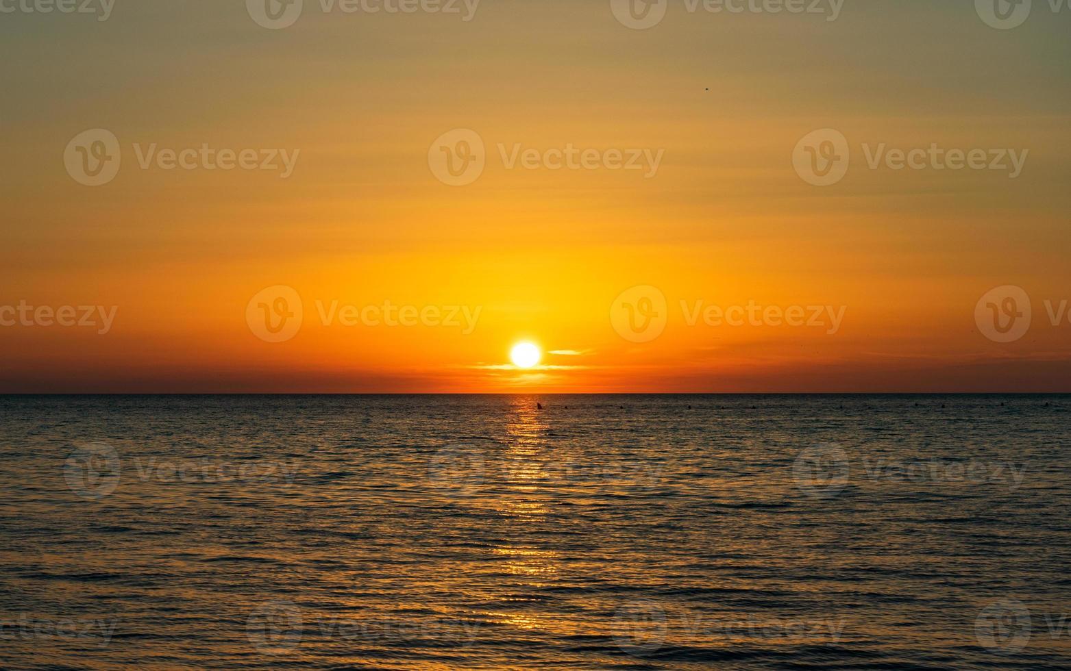 solnedgång över svarta havet foto