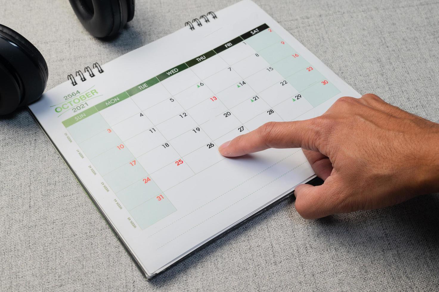 hand point den 26 oktober för black friday -försäljning foto